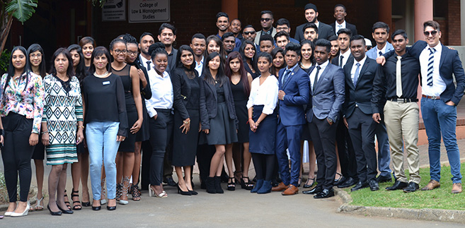 Students Challenged to Think Entrepreneurially at IBS Awards